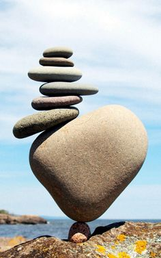 Accountants in South Africa - Bizzacc Stone Crafts, Rock Crafts, Rock Sculpture, Sculptures, Stone Balancing, Art Pierre, Balanced Rock, Rock And Pebbles, Outdoor Art
