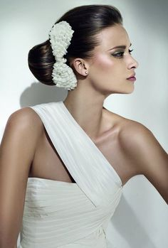 Very Elegant Bridal Hair    #wedding #hairstyle #bride GET LISTED TODAY! http://www.HairnewsNetwork.com  Hair News Network. All Hair. All The time.