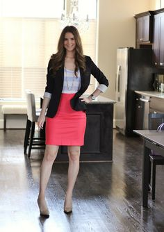 Different Types Of Skirts That Actually Exist: Care to KnowAh skirts! What can we say about this simple and often deceptively elegant artic Casual Work Outfits, Professional Outfits, Office Outfits, Chic Outfits, Casual Dresses, Fashion Outfits, Office Wear, Womens Fashion, Veronika Blushing