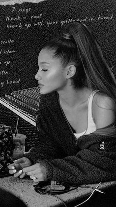 Ariana Grande Poster, Ariana Grande Ft, Ariana Grande Photoshoot, Ariana Grande Wallpaper, Cat Valentine, Indie Photography, Nickelodeon, Dangerous Woman, Best Friend Pictures