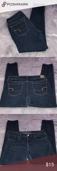 "American Eagle Dark Wash Jegging Jean 10 Regular American Eagle Dark Wash Jegging Jean 10 Regular. Good condition. All of my items come from a clean and smoke free home. Make me an offer using the make offer button 🙂.  Measurements taken flat: Waist 16"" Inseam 29"" American Eagle Outfitters Jeans Skinny"