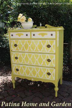 Refinishing furniture stencil dresser makeovers 34 New Ideas Painting Wooden Furniture, Furniture Fix, Funky Furniture, Refurbished Furniture, Small Furniture, Repurposed Furniture, Furniture Projects, Furniture Makeover, Dresser Makeovers