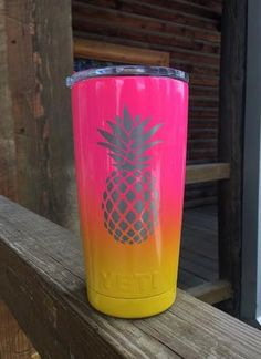 Tropical Pineapple Yeti Cup for Kieley Pineapple Tumbler, Cute Pineapple, Pineapple Girl, Pineapple Kitchen, Pineapple Design, Gold Pineapple, Diy Tumblers, Custom Tumblers, Glitter Tumblers