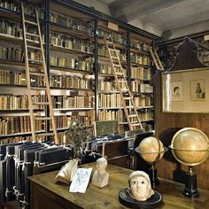 [Biblioteque Inguimbertine - Carpentras, fondata nel 1745 da Malachie d'Inguimbert, vescovo di Carpentras]