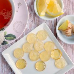 Natural Lemon & Ginger Sore Throat Lozenges ~ This quick & easy recipe uses the. Hard Candy Recipes, Ginger Essential Oil, Essential Oils, Healthy Foods To Eat, Healthy Recipes, Oils For Sore Throat, Throat Lozenge, Micro Onde, Honey