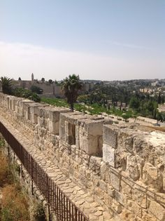 The Ramparts Walk in the Old City of Jerusalem whereby you walk on most of the ancient city's walls. أسوار القدس القديمة