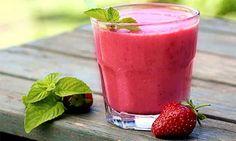 Depois de conhecermos os benefícios proporcionados pelo suco verde, chegou a hora de conferirmos os benefícios do queridinho do momento: o suco rosa.Tendo