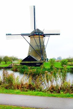 Welcome To The Iconic Kinderdijk Windmills Stunning Photography, Travel Photography, Holland Windmills, Travel Oklahoma, Work Travel, New York Travel, Thailand Travel, Day Trips, The Great Outdoors