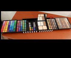 Sephora makeup palette ... I want it!