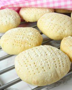 Frukosttekakor – Lindas Bakskola Bagan, Scandinavian Food, Candy Cookies, Meat Chickens, Tea Cakes, Quick Bread, Bread Recipes, Baked Goods, Foodies