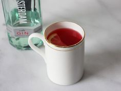 The cranberry gin toddy