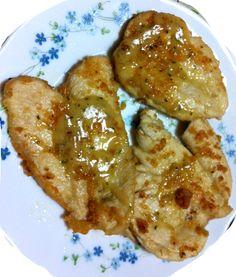 Ricetta adatta per grandi e piccoli... le scaloppine di pollo al limone sono facili e veloci da preparare! Ingredienti per 4 persone 4 fette di petto di po