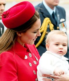 4/7/14 Prince William, Kate & Prince George arrive in New Zealand.
