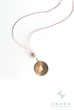 The perfect #gift for a #first #communion #Jewelry #Necklace #VirginNecklace