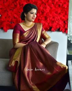 10 Latest Maroon Saree Blouse Designs to Try Bridal Sarees South Indian, South Indian Wedding Saree, Wedding Silk Saree, Indian Bridal Fashion, Kanjivaram Sarees Silk, Soft Silk Sarees, Indian Beauty Saree, Indian Lengha, Bandeau Outfit