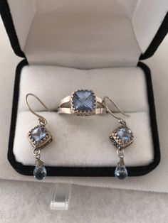 Gorgeous Sky Blue Checkerboard Topaz / Tansanite Synthetic Stone with Tear Drop Raised Relief Leaf Design Ring Matching Post Earrings Set 92