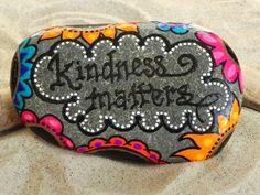 Kindness Matters /Painted Rock / Sandi Pike Foundas.