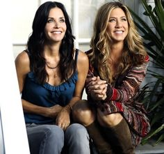 Courteney Cox and Jennifer Aniston the two that crushed the big time ❤️