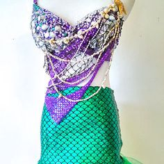 Siren of the Sea Mermaid Rave Bra Halloween Costume EDC Outfit from PlurAngelCollection on Etsy. Saved to mermaid. Blonde Halloween Costumes, Rave Costumes, Halloween Cosplay, Cool Costumes, Woman Costumes, Halloween 2016, Group Costumes, Couple Halloween, Adult Costumes
