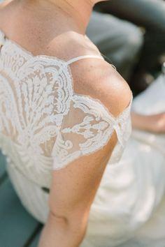 Vintage lace BHLDN dress: http://www.stylemepretty.com/2014/12/05/boho-barn-wedding-in-napa/ | Photography: Matt Edge - http://mattedgeweddings.com/