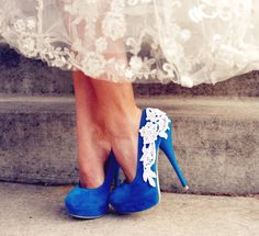 Love this picture. Blue wedding shoes.