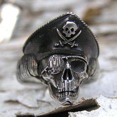 small pirate skull ring by Skinny Dog Design Group Skull Rock, Skull Jewelry, Skull Rings, Geek Jewelry, Gothic Jewelry, Jewellery, Gothic Wedding Rings, Wedding Band, Biker Rings