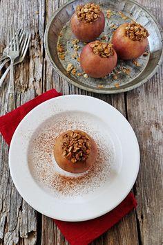 Slow-Cooker Granola Stuffed Apples | Udi's® Gluten Free Bread