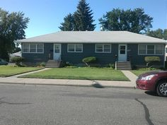 Great Westend Duplex w/ Garage - Billings MT Rentals - Great 2 bedroom, 1 bath duplex. Full bath, partially finished basement with laundry hook ups and lots of extra room. Single detached garage. The large yard with back fenced is shared by the other unit. Tenant MUST take good care of watering, mowing, ...   Pets: Not Allowed   Rent: $795.00    Call Metro Property Management at 406-655-4244