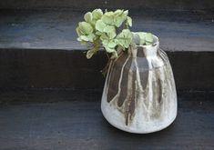 Black and white decorated stoneware vase. Stoneware, Vase, Black And White, Beautiful, Home Decor, Decoration Home, Black N White, Room Decor, Black White