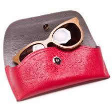 Resultado de imagem para porta oculos de couro