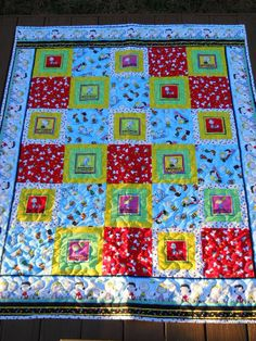 Handmade Quilted Quilt Peanuts with Snoopy and by OneOakQuilts