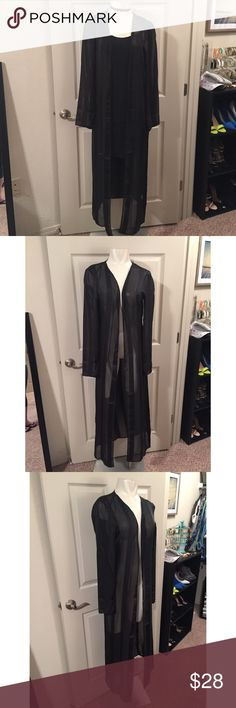 Misguided duster Black see through duster coat. Super cute for a night out with a chocker and a silk dress Missguided Jackets & Coats Dusters, Chocker, Missguided, Fashion Tips, Fashion Design, Fashion Trends, Silk Dress, Night Out, Duster Coat