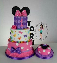 minnie bowtique | Minnie mouse bowtique by cakes by dusty