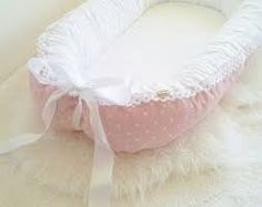 Puder pink with white stars- white fabric for bed area / White lace & Satin ribbon / babynest / baby nest Kit Bebe, White Fabrics, Baby Sewing, Baby Accessories, Baby Quilts, Bassinet, Baby Room, New Baby Products, Sewing Projects