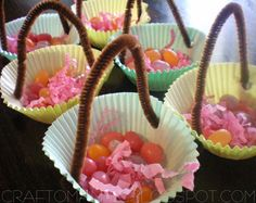 {Cupcake Liner Basket plate favors} - Craft-O-Maniac