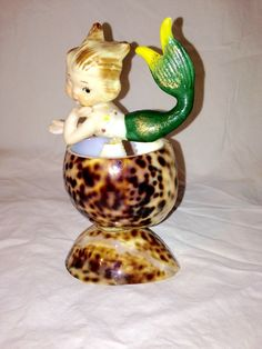 VTG Mid Cent Seashell Art Mermaid Pixie Trinket