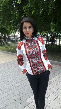 Ethnic Fashion, Boho Fashion, Girl Fashion, Fashion Dresses, Womens Fashion, Chaniya Choli Designer, Ukraine Women, Ethno Style, Mexican Outfit