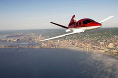 Considered as a leader in general aviation, Cirrusproudly unveiled its new jet : the Vision SF50,theresult of Cirrus' commitment to the future, creativity, andinnovation – in short, a better way to fly.Indeed, the Vision SF50 is a revolutionary personal jet designed to fill the significant gap between high-performance piston singles