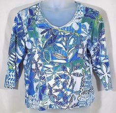 Chicos 3 Top White Blue Green Knit V Neckline 3/4 Sleeve #Chicos #KnitTop #Casual