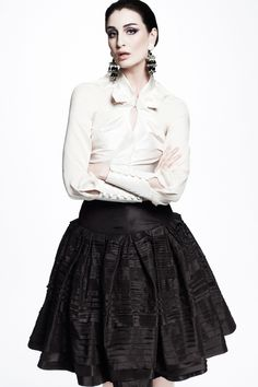 Zac Posen: Resort 2013 RTW (I'm sorry, what's up with the expression? Did the photographer catch her mid-sentence?)