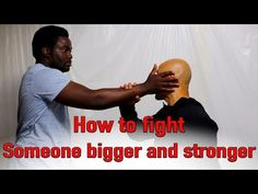 Do not Punch in a Street Fight - EP 2 Real Wing Chun master explains exactly why not to punch in a street fight. Real Martial Arts Master teaches students to. Self Defense Moves, Self Defense Martial Arts, Martial Arts Training, Krav Maga Techniques, Martial Arts Techniques, Self Defense Techniques, Wing Chun Master, Wing Chun Training, Wing Chun Martial Arts