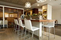 HOTEL-AC-MARRIOT-VELODORME-MARSEILLE-MOBILIER-DE-VERGES-31.jpg (2000×1333)