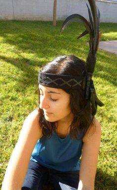 Black leather headband with large rooster natural color Feathers $25 via @shopseen www.theworldoffeathers.com