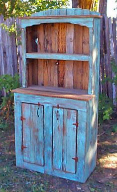 Rustic Kitchen Hutch wish I could find something like this for my lil kitchen