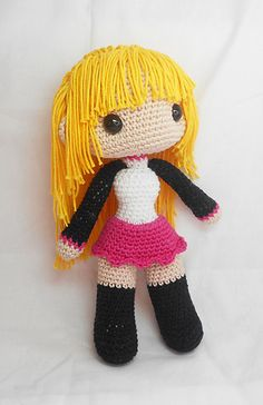New as of Apr 3 2016: The Ravelry download now gives you an option of two file downloads. The file named femaledoll.pdf is the pattern including photo tutorials and close-up photos of each amigurumi piece. The file femaledoll_textonly.pdf contains only the written pattern instructions without any photos, to make it more economical for printing.