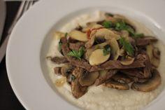 Bife com Cogumelos e Molho Balsâmico