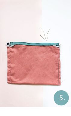 Stap 5 - gemakkelijk een etui maken Pattern Ideas, Diys, Easy Diy, Sewing, Dressmaking, Bricolage, Couture, Fabric Sewing, Stitching