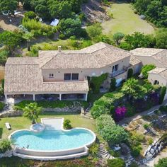 Buy a Property on the French Riviera. Beautiful Villas, Beautiful Homes, Real Estate Agency, French Riviera, Types Of Houses, Luxury Villa, Townhouse, Property For Sale