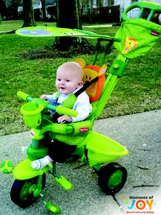 The Stroll-to-Ride Trike transitions from a parent-assisted stroller to a freewheeling trike! #Outdoor #BabyGear