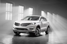 Lincoln are reinventing themselves, they have officially presented the new Lincoln MKC, and it looks stunning. The 2015 Lincoln MKC is the anxiously awaited production model of the MKC Concept revealed earlier this year. The beautifully designed SUV Lincoln Suv, New Lincoln, Lincoln Vehicles, Lincoln 2017, Abraham Lincoln, Crossover Cars, Crossover Vehicles, Ford, Autos